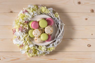 Delicious macarons and flowers