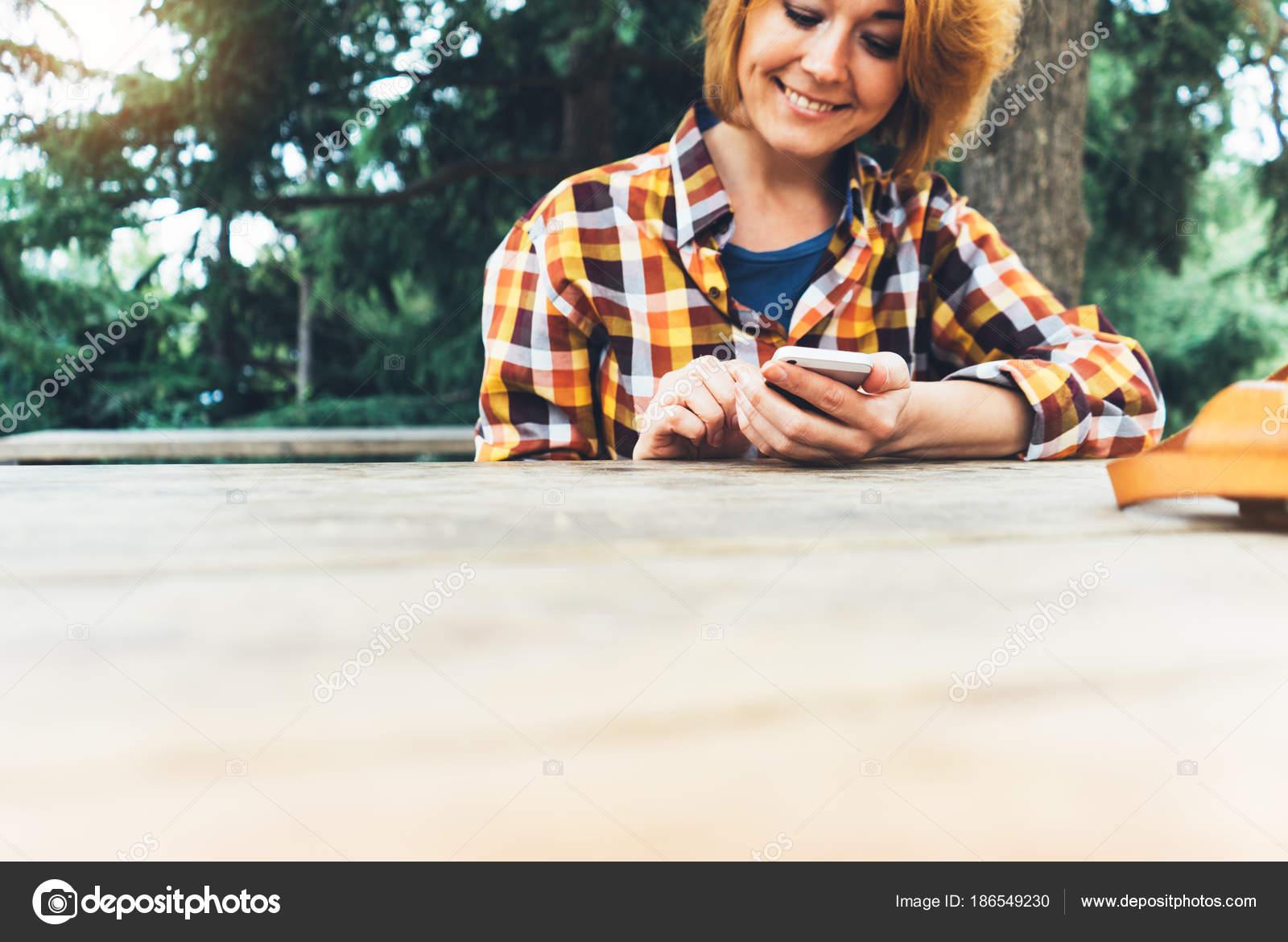 Сидя на лице онлайн, онлайн отдых на природе любительское порно