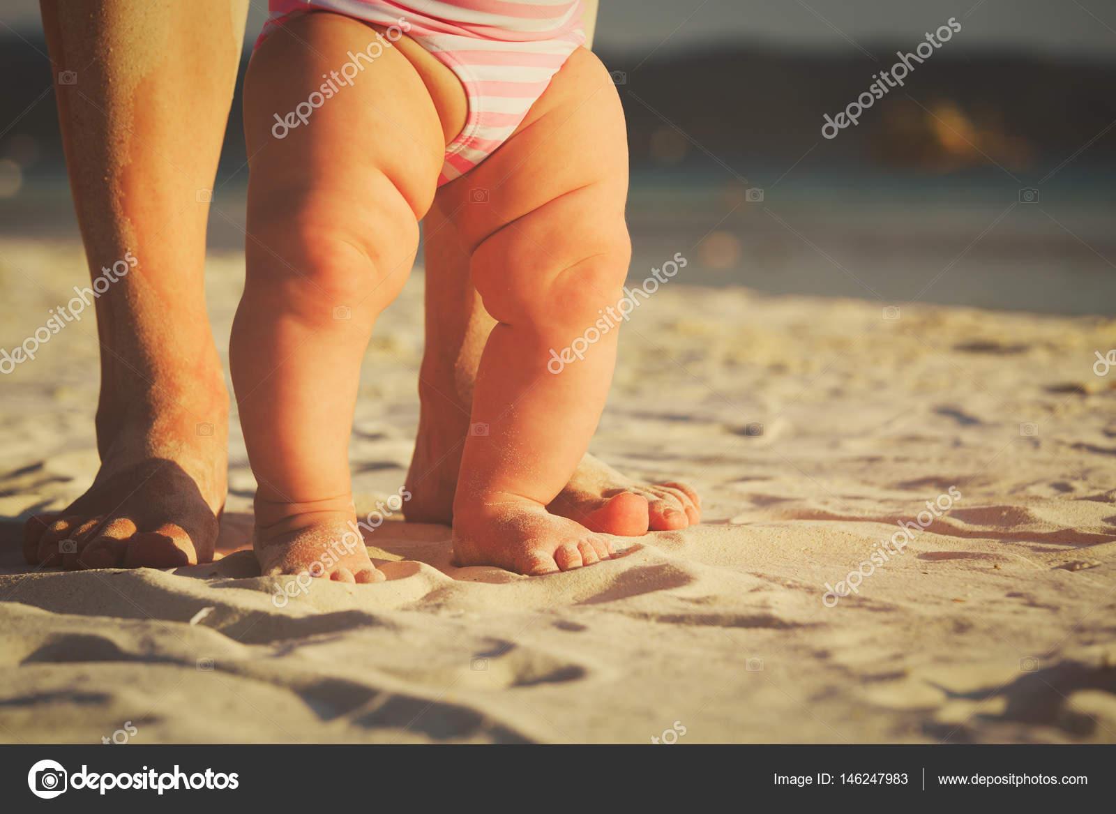 Imágenes Piecitos De Bebes Con Frases Madre Y Bebés Pies