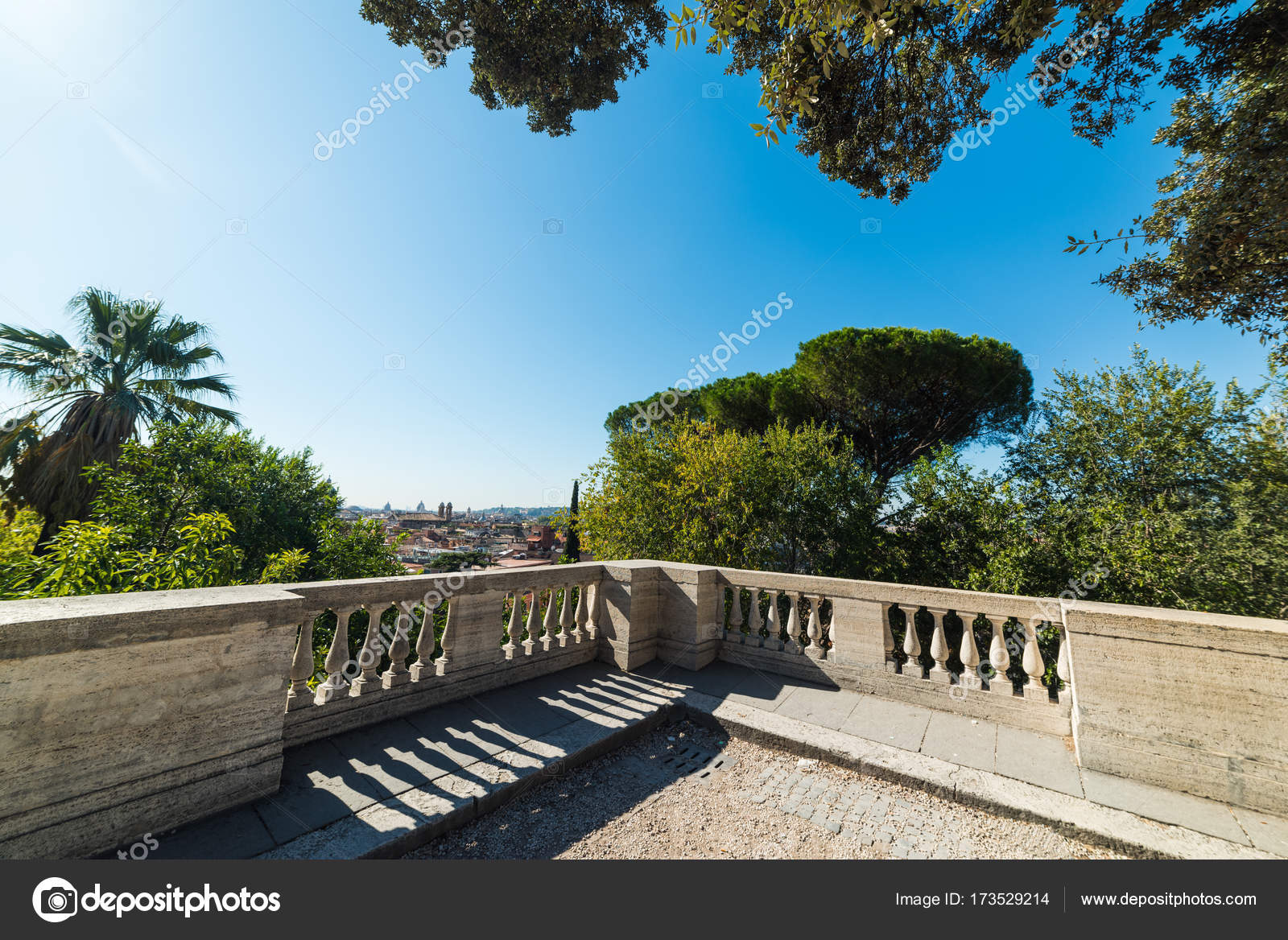 Terrazza del Pincio under a blue sky — Stock Photo © AlKan32 #173529214