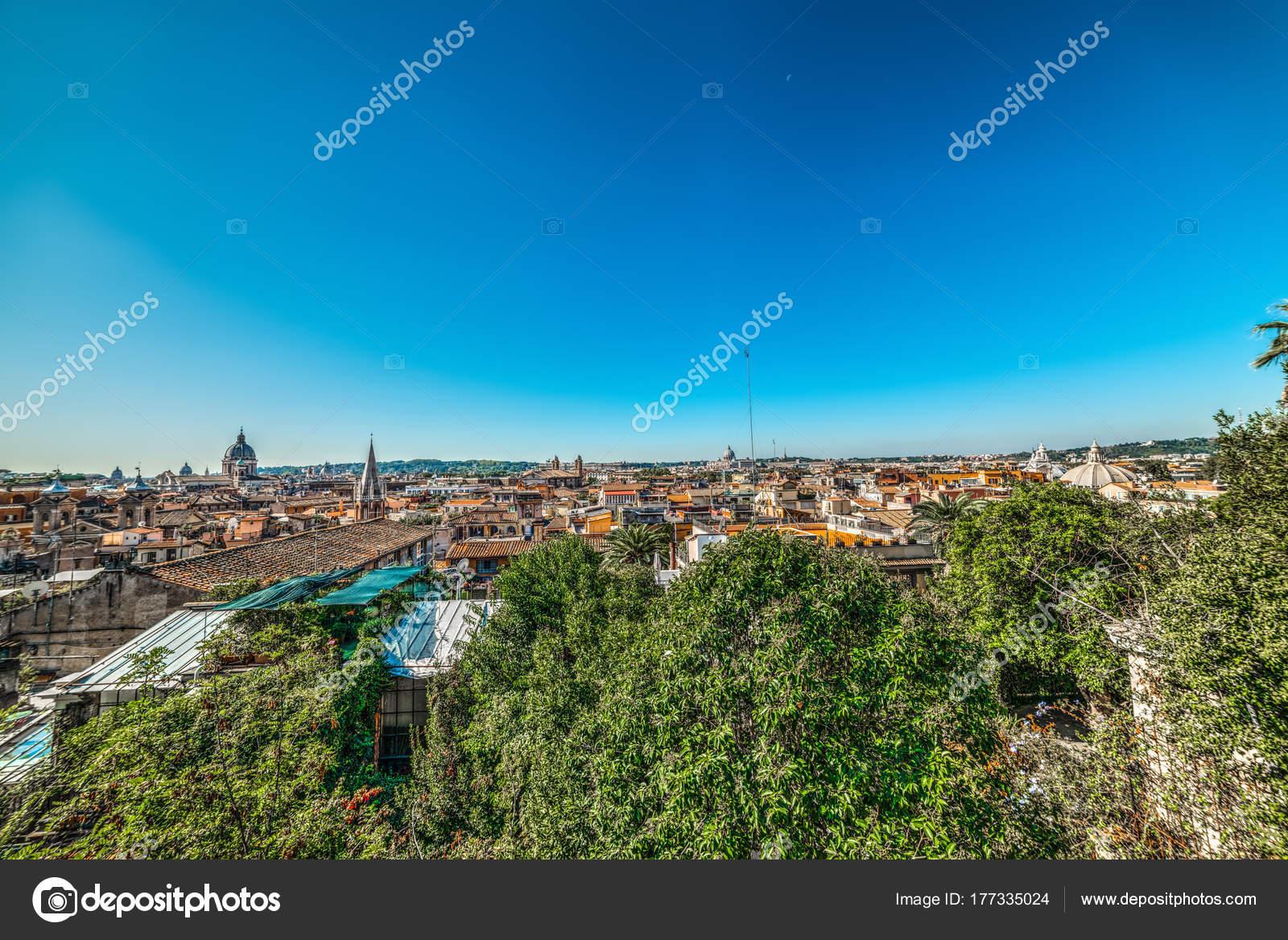 Vista Panorámica De Roma Desde La Terraza De Pincio Foto