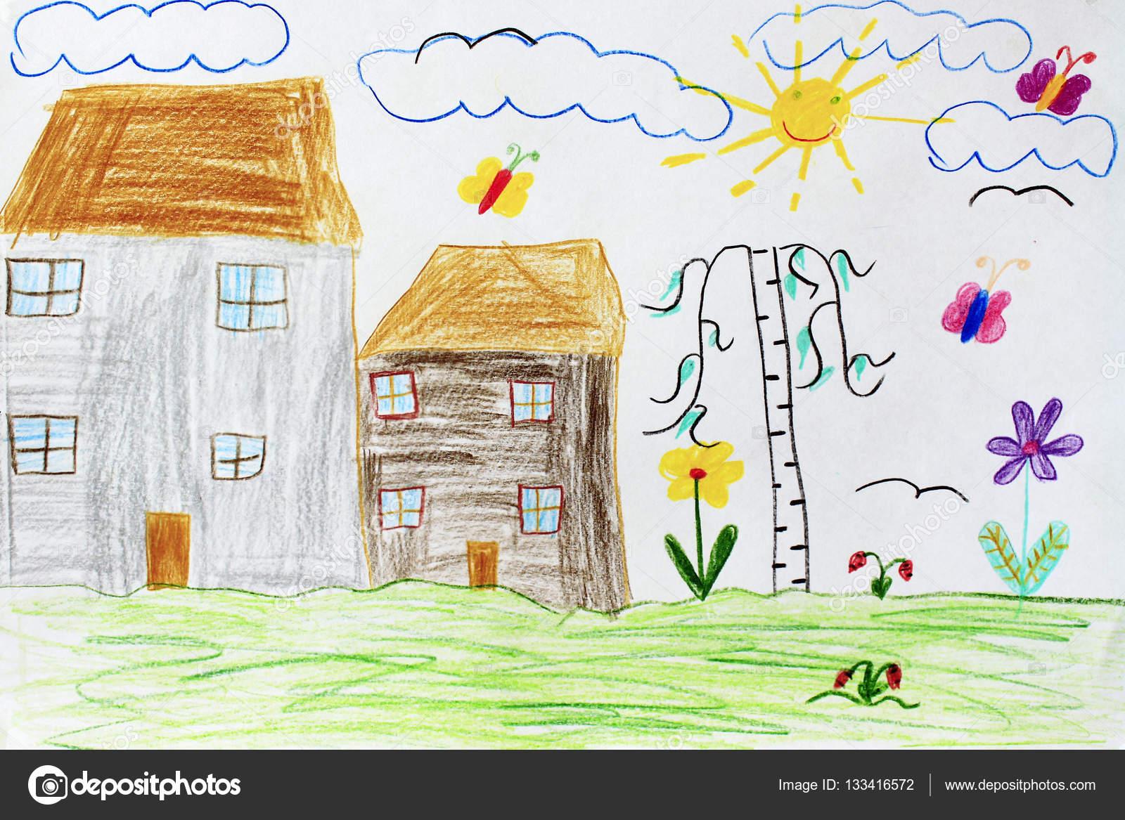 Deti Kresba S Domy Briza Motyli A Kvetiny Stock Fotografie
