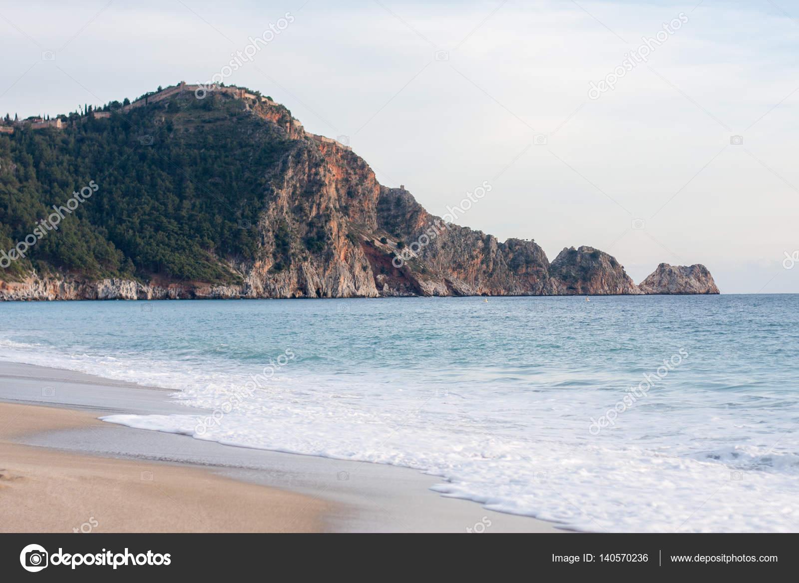 Popular Kleopatra-Strand Alanya — Stockfoto © saidanabiphoto #140570236 SA87
