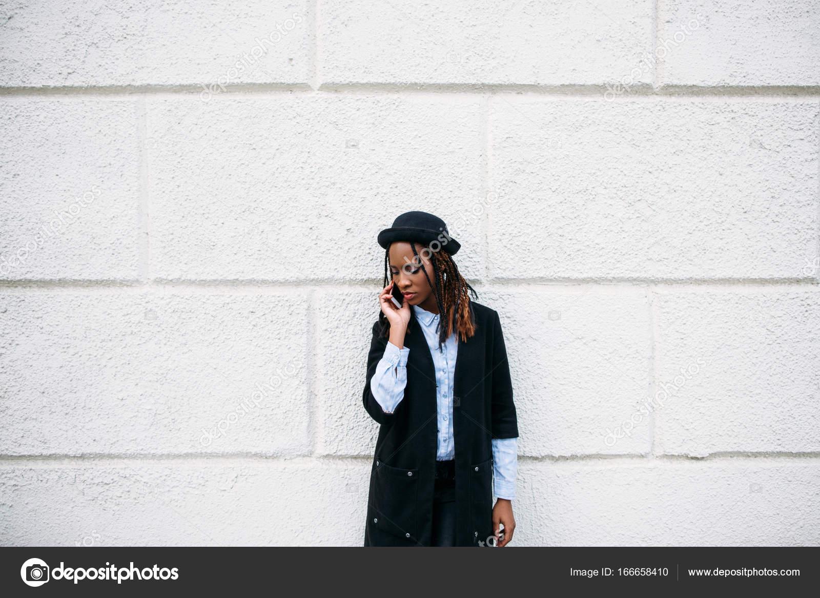 Ragazza nera su ragazza foto