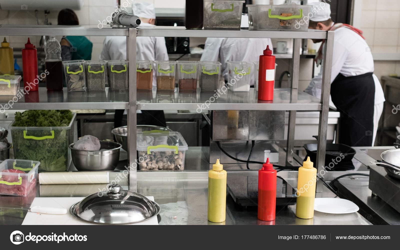 Interior De Espa O De Trabalho De Cozinha De Restaurante