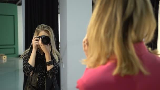 Backstage moda fotografo lavorare professione di arte