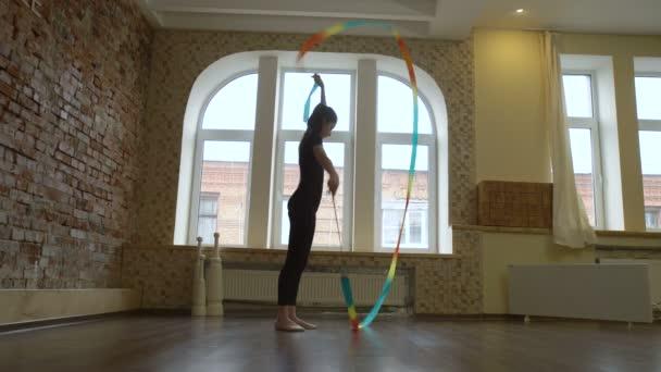 allenamento sportivo atletica leggera ginnasta ginnastica ritmica