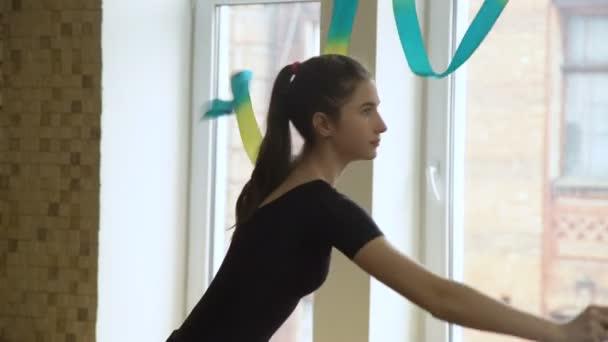 allenamento sportivo ginnasta nastro performance artistica