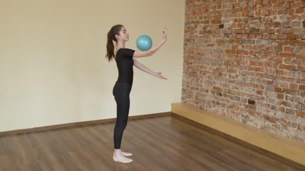 Sport gimnasztika életmód labda gyakorlat képzés