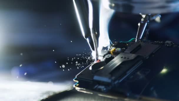 elektronické renovace opravy pájení vodičů telefon
