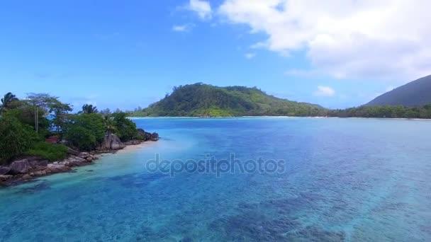 Letecké Panorama Anse LIslet, Port Glaud, Ostrov Mahé, Seychely 1