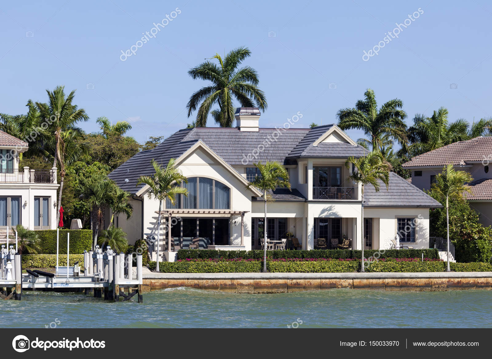 villa de luxe à naples, floride — photo éditoriale © philipus #150033970