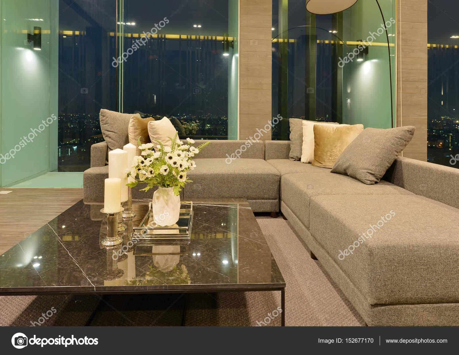 Sofa Im Luxus Modernen Wohnzimmer Einrichtung Und Dekoration Am Nig U2014  Stockfoto