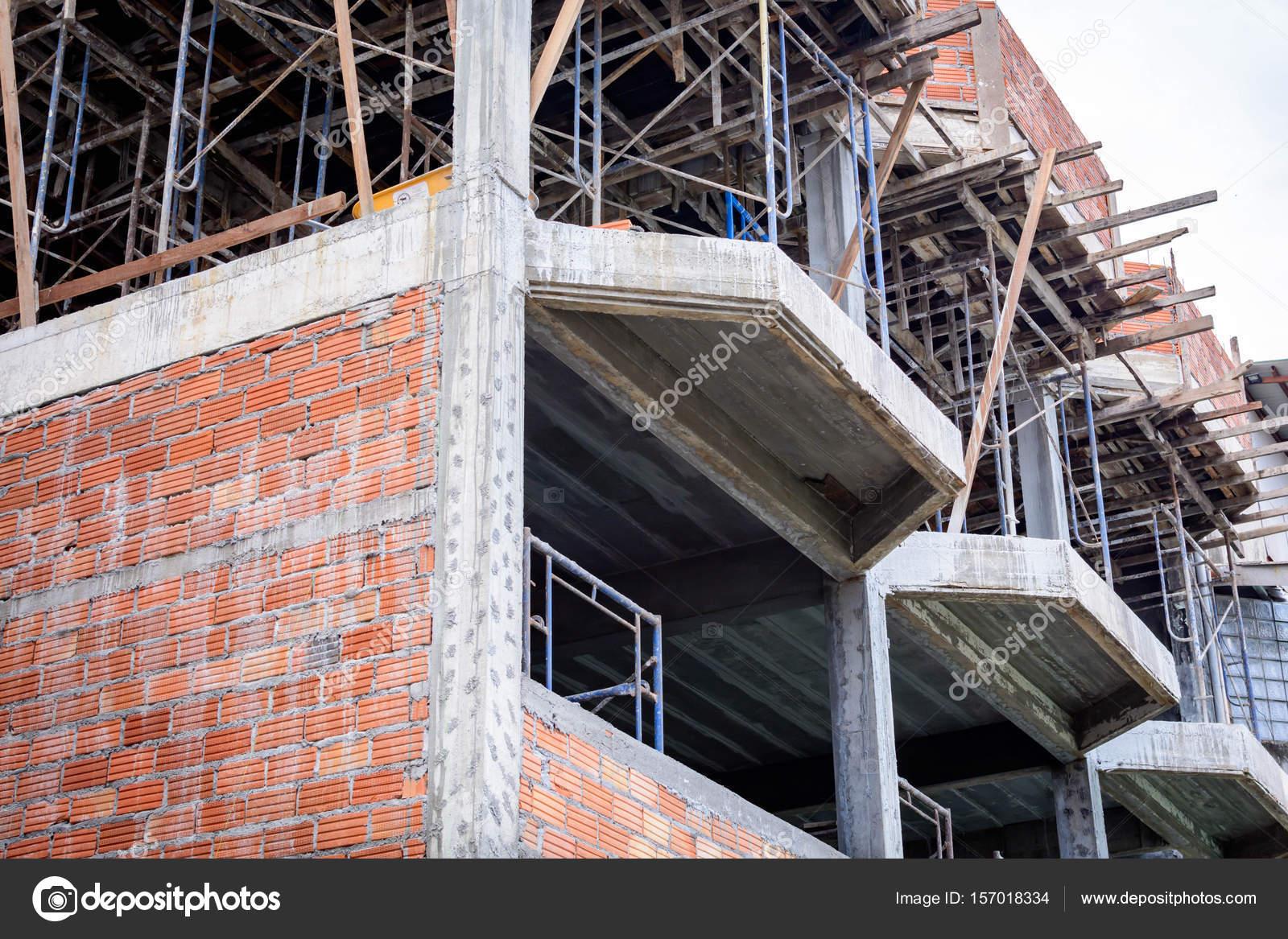 Gebäude sind noch nicht abgeschlossen  — Stockfoto