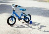 Fotografia bicicletta vecchi bambini