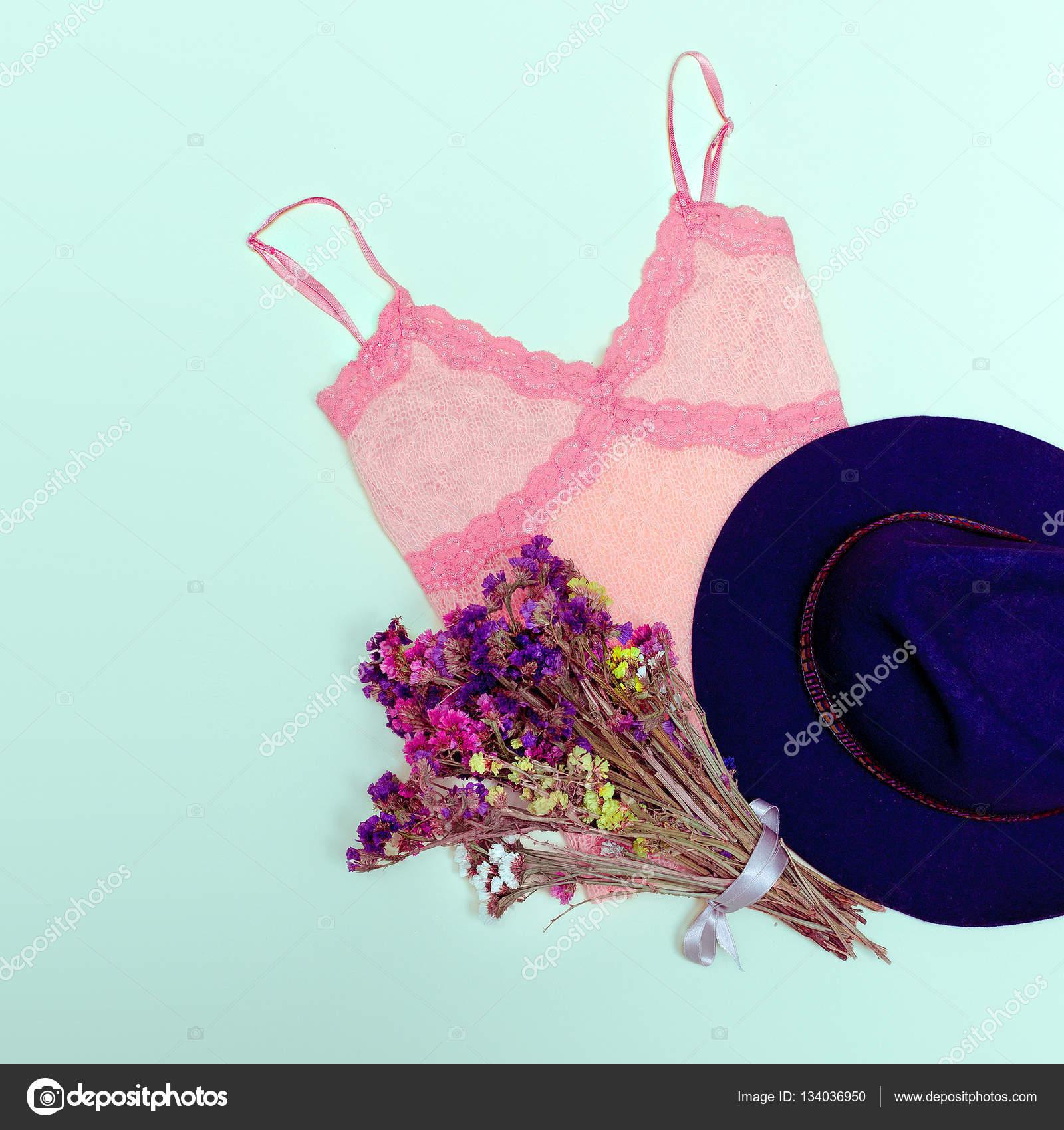 0ebcec3013a Vintage καλοκαίρι ρούχο τζιν σορτς ροζ κορυφή καπέλο ευτυχισμένη ...