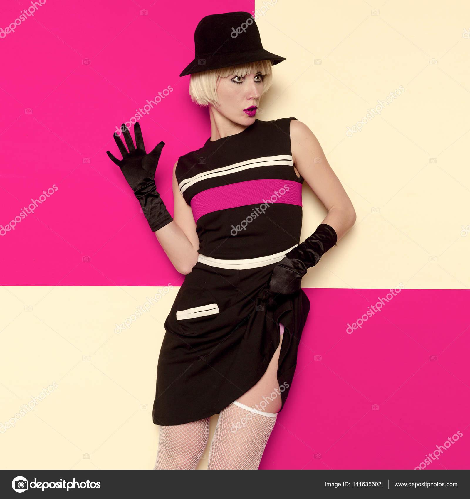Ropa de dama estilo Retro arte Cabaret vintage. Manera mínima — Foto ...