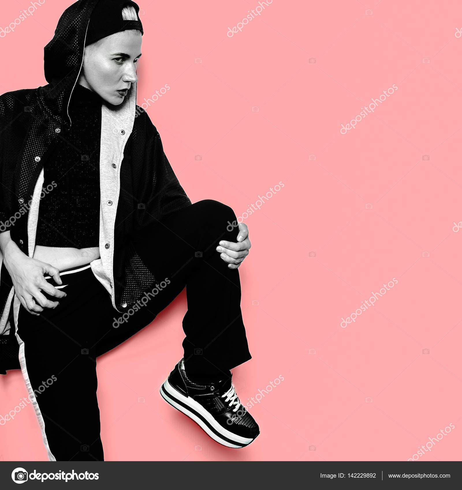 сорванец девушка модель стиль городского наряд танца хип хоп одежды