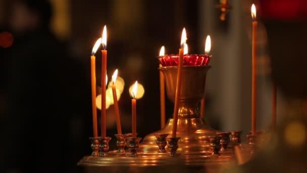 svíčky v pravoslavné církvi