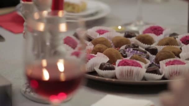 Čokolády a víno