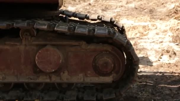 The Crawler Excavator