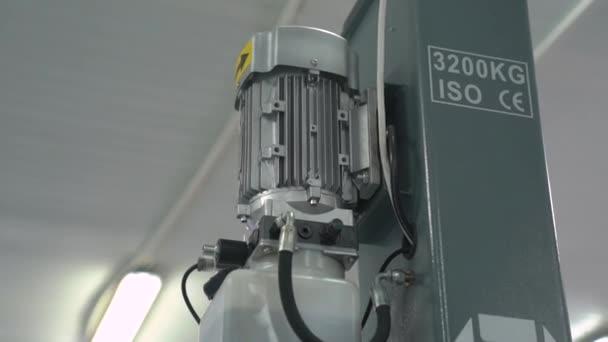 Kompresorový motor na autoservis