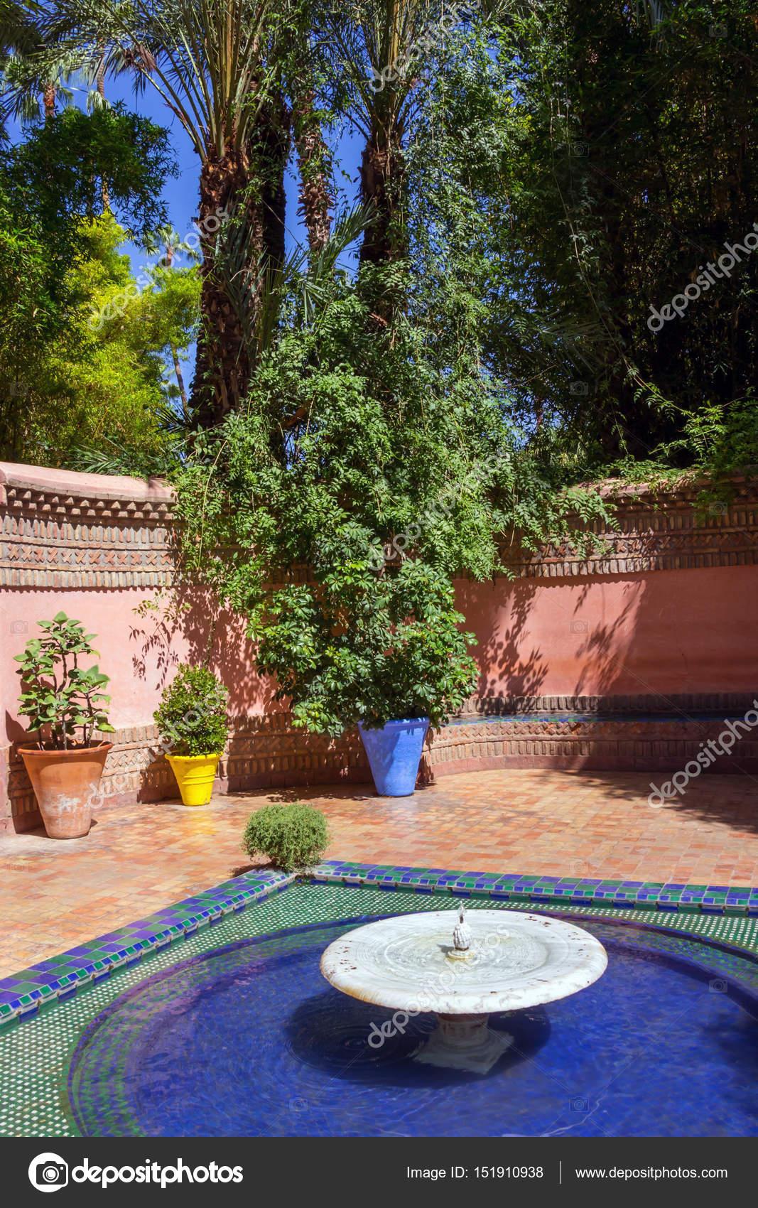 Fontaine Jardin Majorelle Maroc Jardin Majorelle Est Jardin