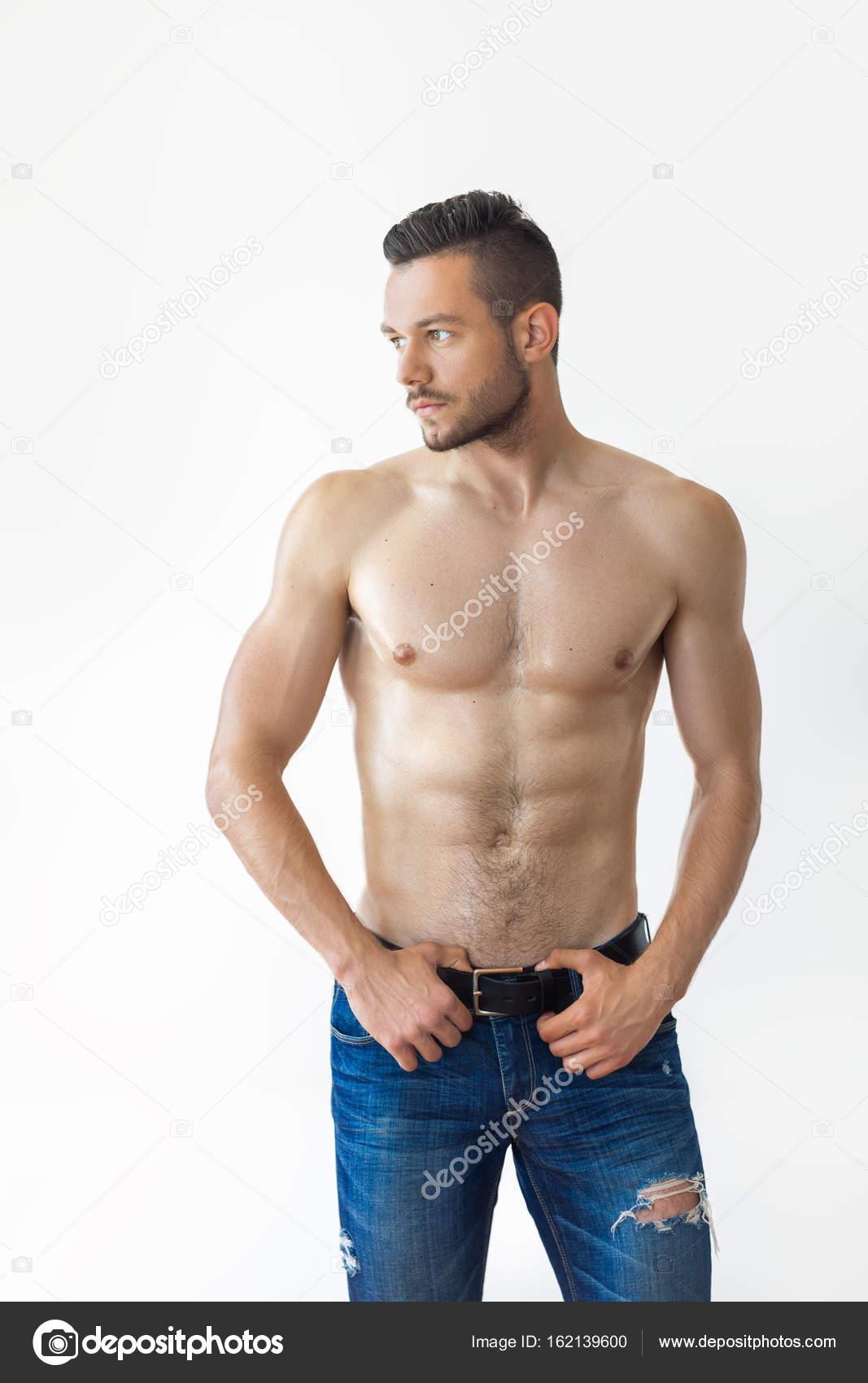 6e67fa26f393 Fotos: hombres sin camisa musculosos | hombre musculoso sin camisa ...