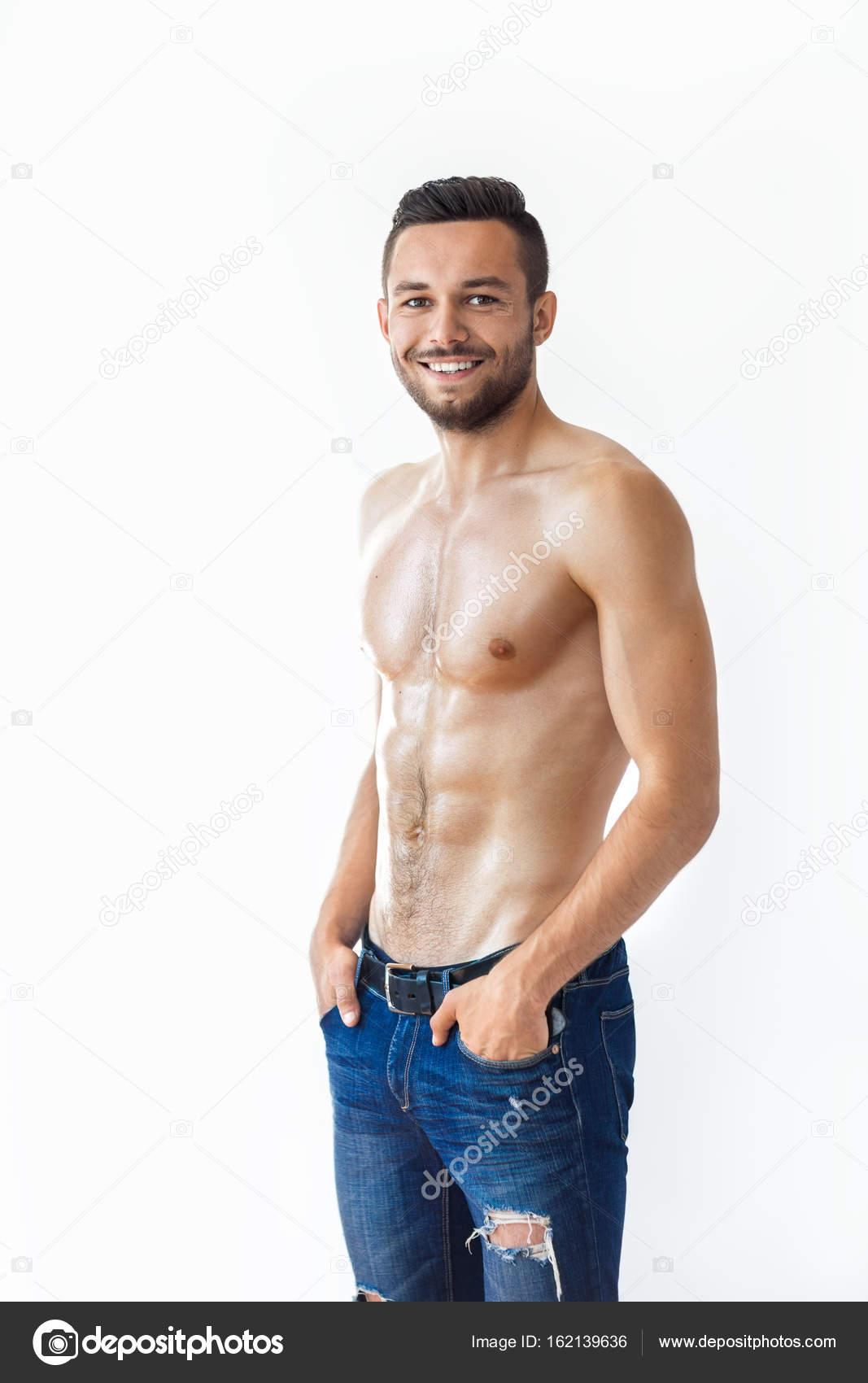 muskulöser nackter Oberkörper Mann in jeans — Stockfoto © Gladkov ...