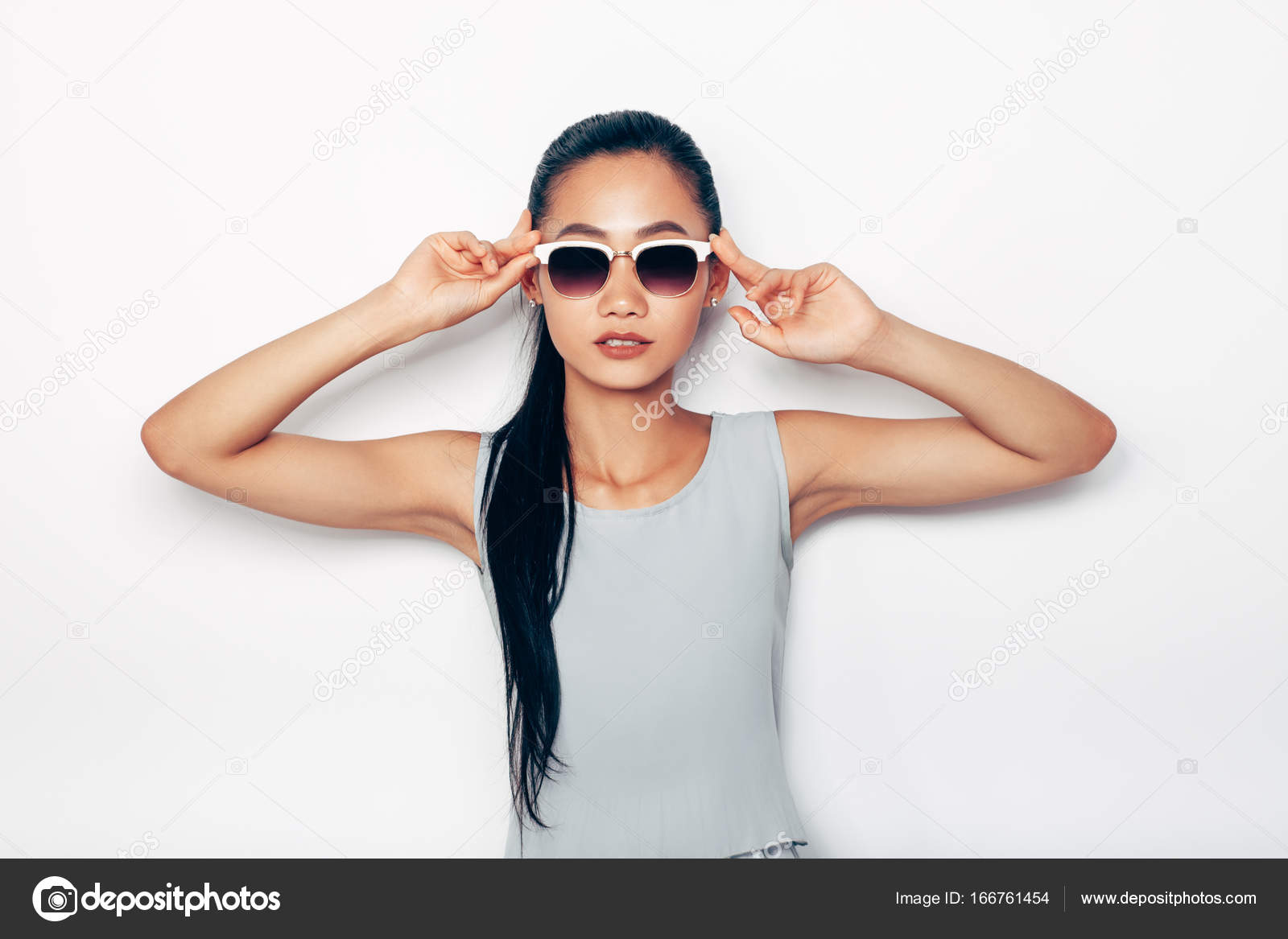 Meztelen tizenéves ázsiai