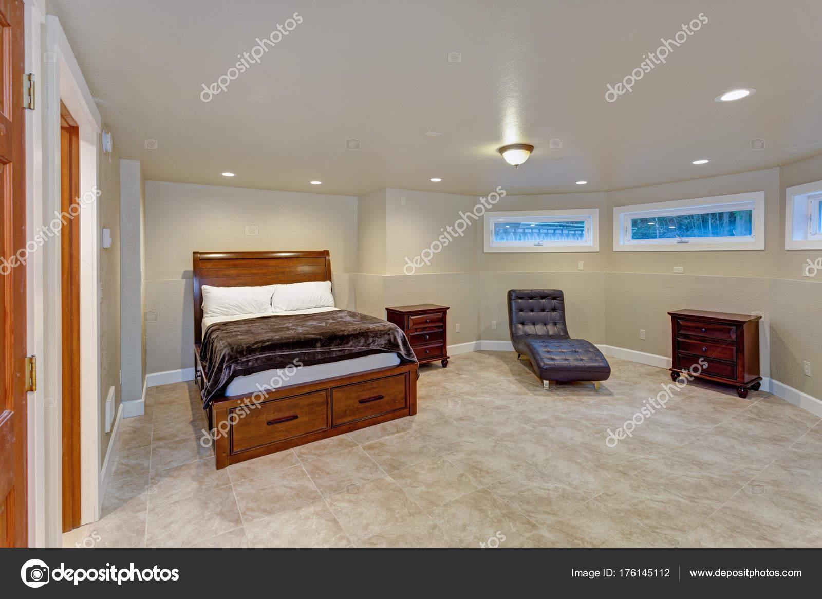 Caratteristiche interne sede di nozze una camera da letto beige ...