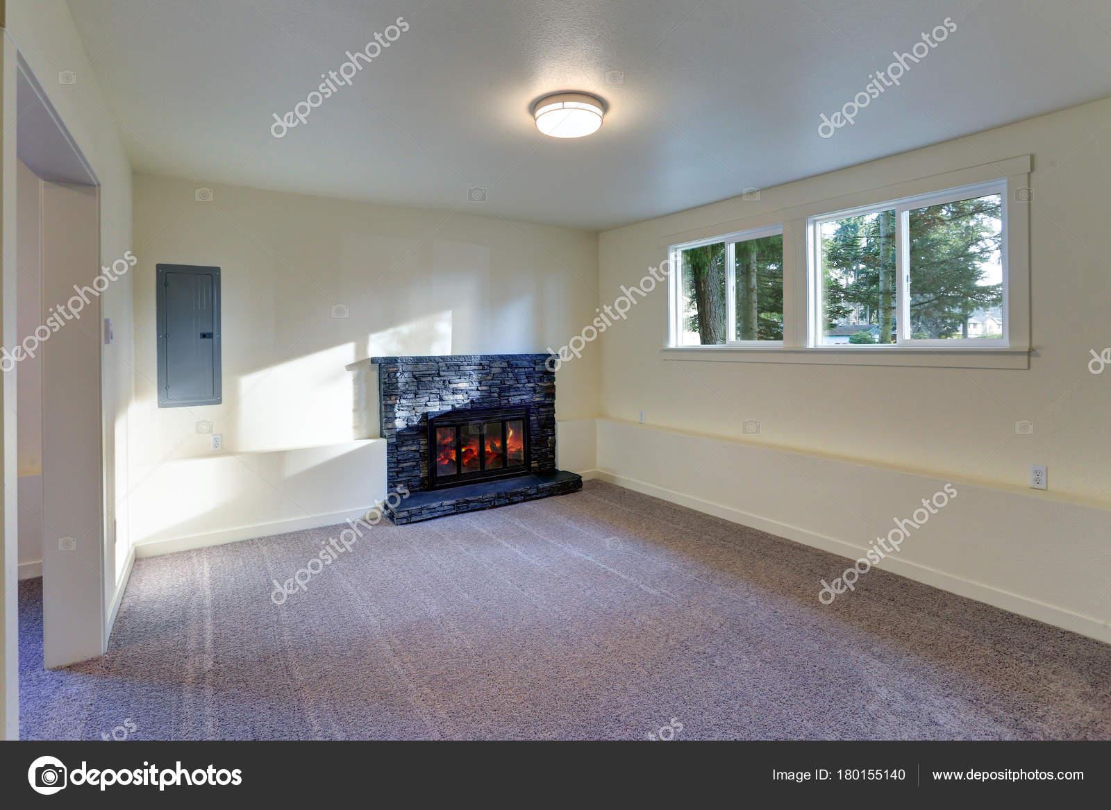 Salón vacío luz interior — Fotos de Stock © alabn #180155140