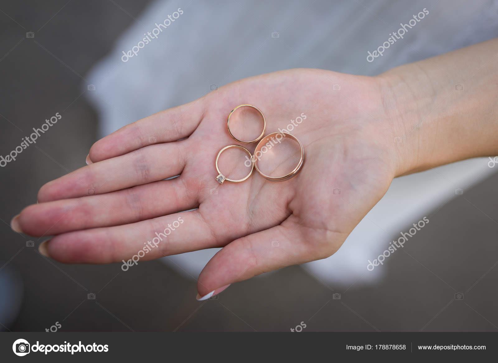 Closeup Golden Wedding Rings Engagement Ring Hands Woman Bride ...