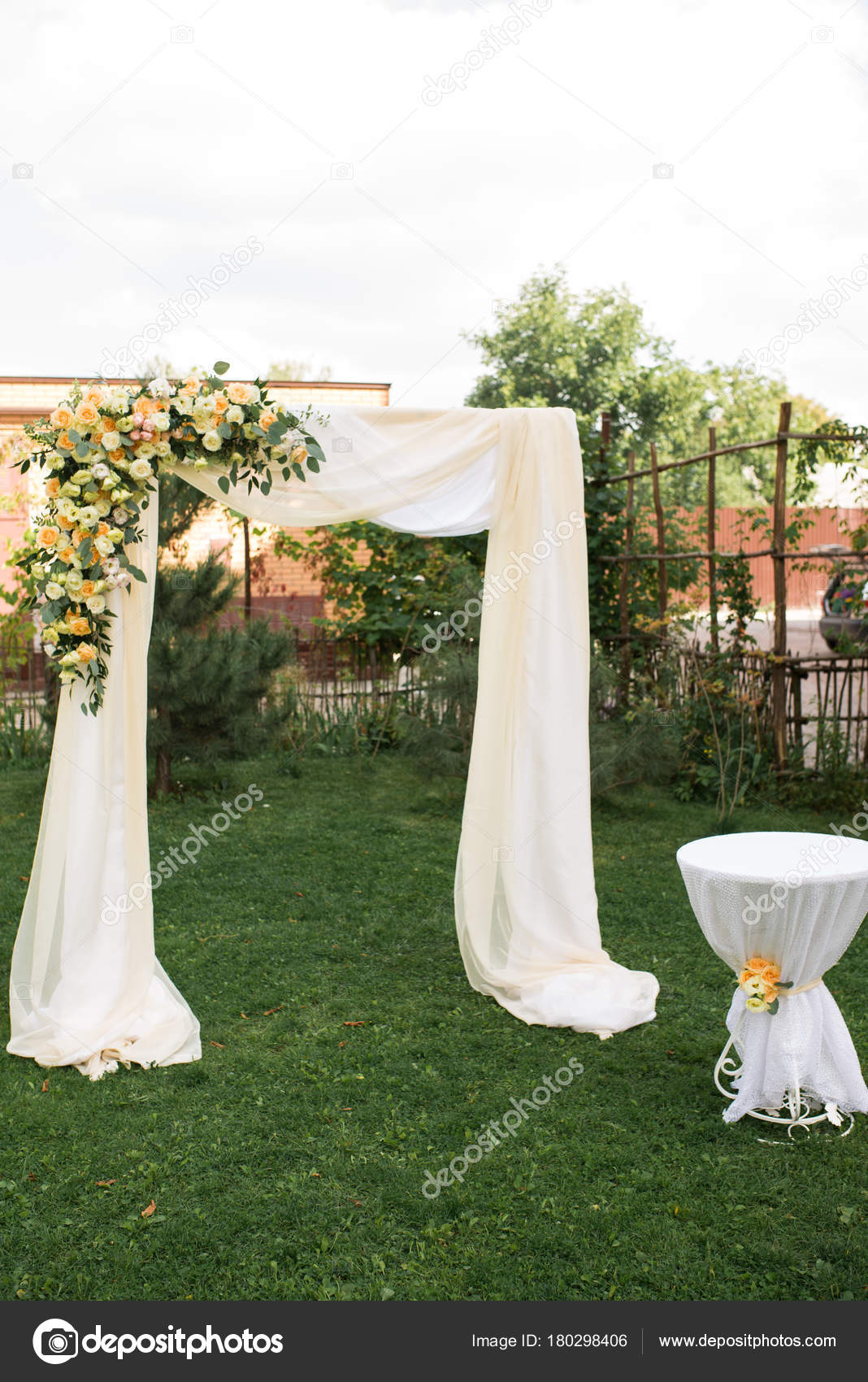 Open Air Decorated Area Wedding Ceremony Wooden Arch Decorated ...