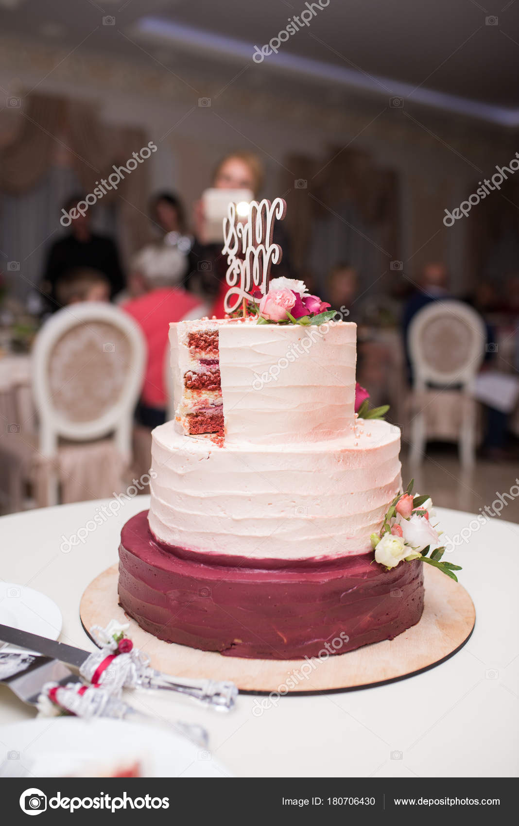 White Red Tree Tier Wedding Cake Fresh Flowers Table Stock Photo