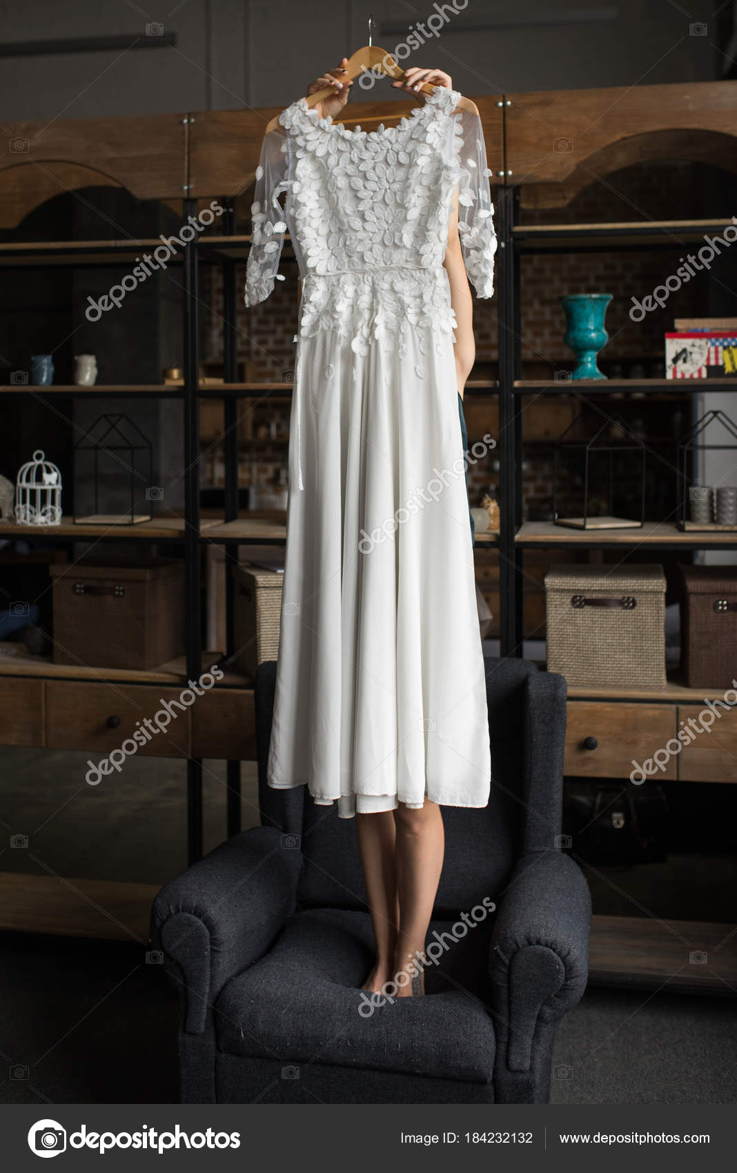 Nevesta Krasne Rustikalni Svatebni Saty Jejich Rukou Priprava Svatbu