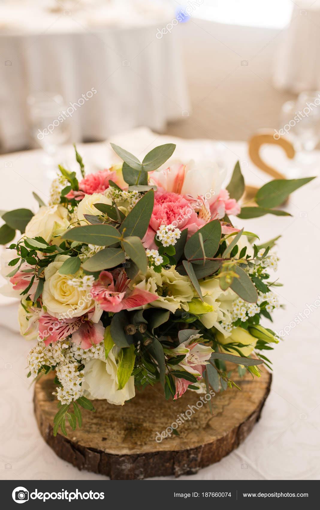 Rustic Flower Arrangement White Pink Flowers Wedding Banquet Table