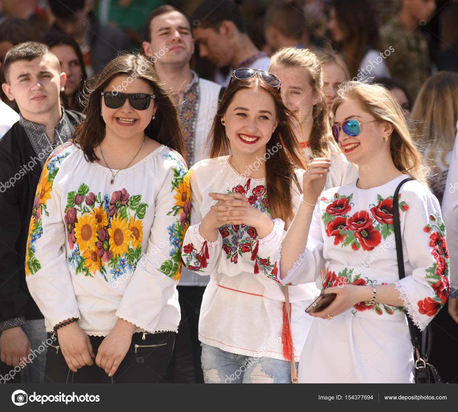 People wearing Vyshyvanka 43c96cfde13d1