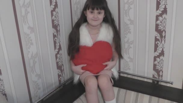 Dívka a krásné srdce