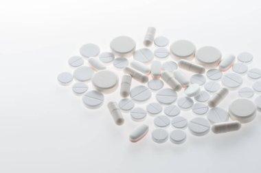 Medical pills and capsules