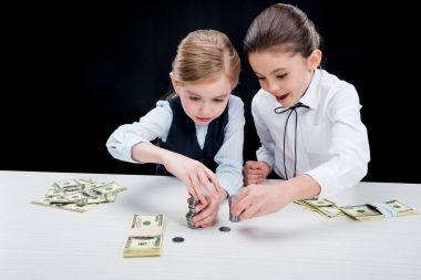 girls calculating money