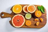 čerstvé citrusové plody