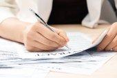 Üzletasszony aláírási szerződés