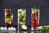 Fotografie different fresh lemonades