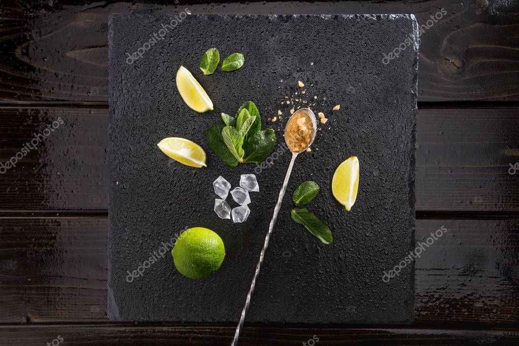 lime slices with mint and mix spoon