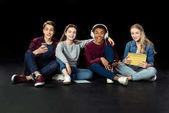 tizenévesek a digitális eszközök