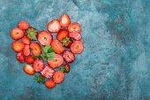 jahody ve tvaru srdce