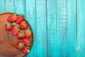 Fotografie fresh red strawberries