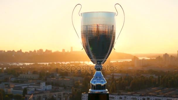 Arany naplemente és a trófea sport győztes kupa