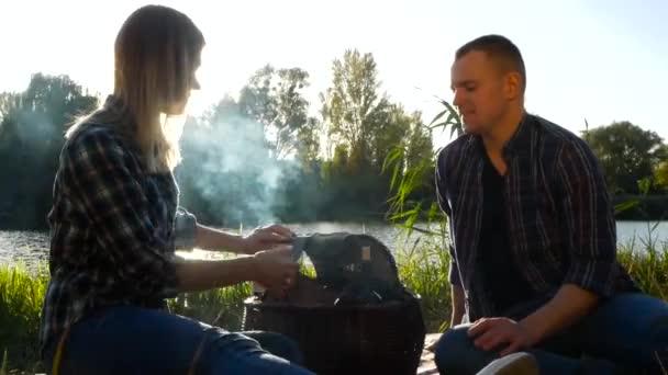 Víkend s dívkou na barbecue party